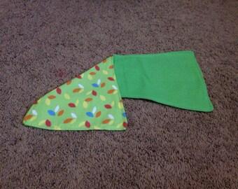 Leaf/ green burprag