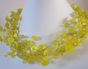 XL: YELLOW BRILLIANCE, extra thick necklace of vintage buttons