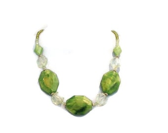 Green Iridescent Beaded Single Strand Necklace Spring Summer Bridal Accessory Free Shipping to USA