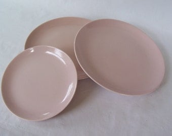 Vintage Russel Wright Iroquois Dinnerware Pink    S493