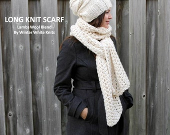 Long knit scarf, chunky long scarf, cream white scarf, white winter scarf, soft and easy to wear, blanket scarf, oversized scarf, wool scarf