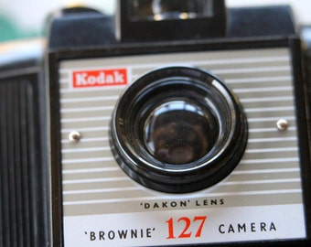 Vintage Kodak 127 Brownie Camera