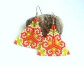 Triangle Earrings-Beadwoven Earrings-Beadwoven Triangle Earrings-Seed Bead Dangle Earrings-Geometric Earrings