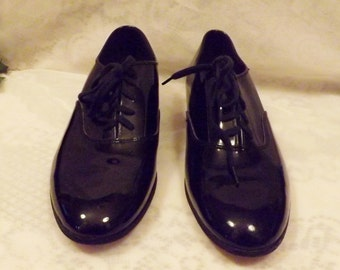 Black Patent Leather Dance Tap Shoes Size 7 . 5 by Deluco