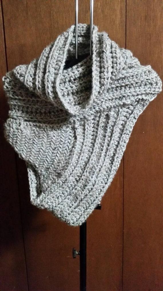 Katniss Inspired Cowl Knitting Pattern : Katniss Inspired Cowl by KnickNatsCreations on Etsy
