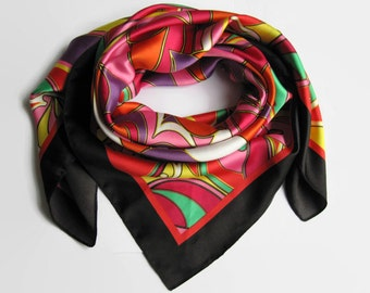 Vintage black lined scarf, vintage scarf, psychedelic scarf, seventies scarf, scarf with flower, multicolor scarf, for her, women gift.