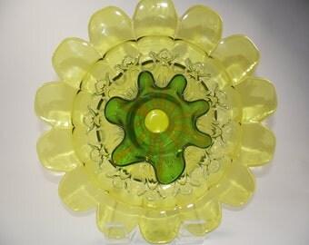 Mellow Yellow Garden Glass Art Flower, Glass Plate Flower, Garden Decor, Suncatcher