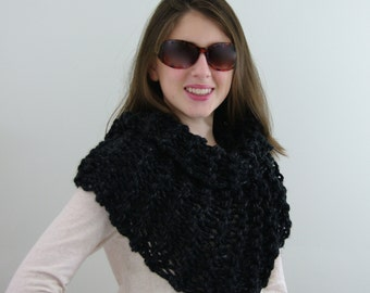 Hand-knitted Chunky Twisted Infinity Cowl Scarf in Black and Charcoal
