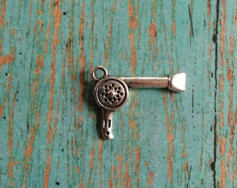 6 Hair dryer charms antique silver tone - silver hair dryer charm, blow dryer charm, hairstylist charm, hairdresser charm, stylist charm,AA2
