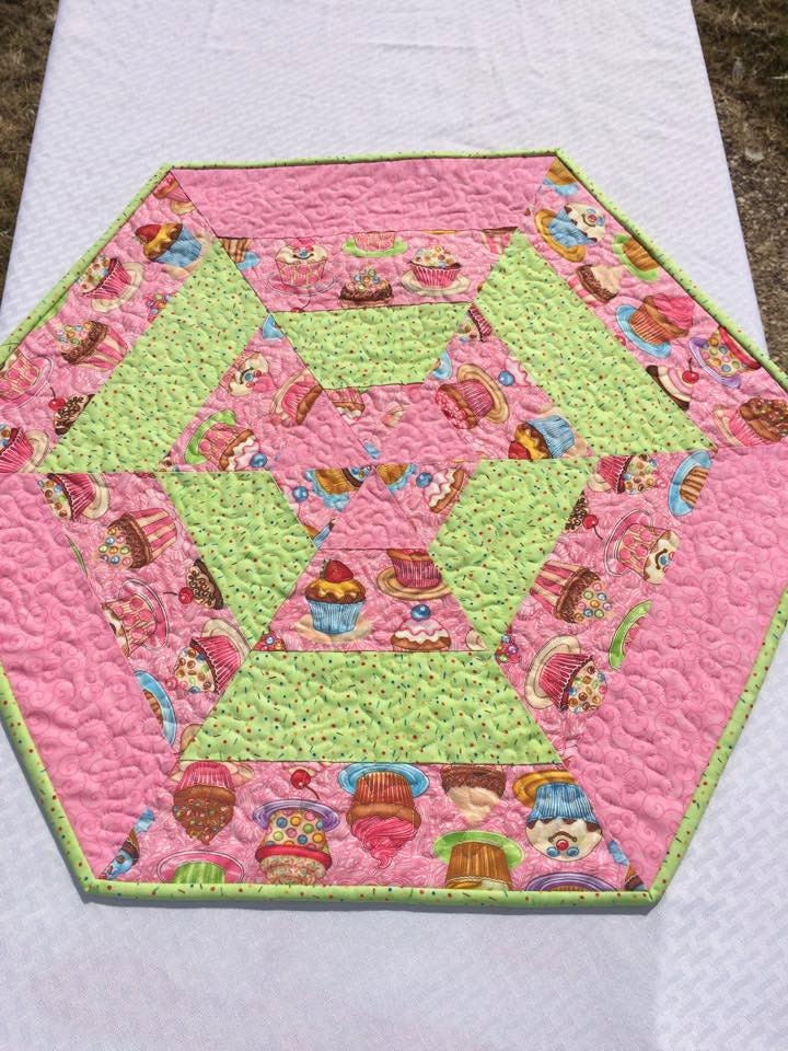 Large size cupcake centerpiece table topper runner quilted