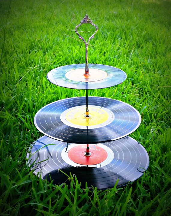 Tier record cupcake stand cake theme 50 39 s 60 39 s for Decoration 50 s theme