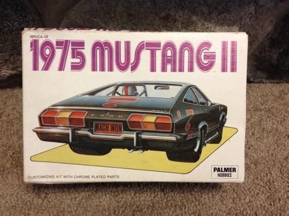 1975 Ford Mustang 2 Model Kit