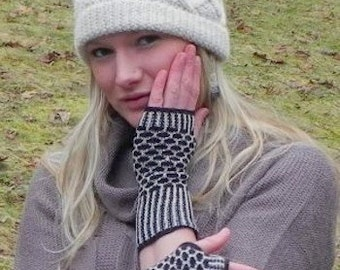 100% Baby Alpaca Wristlets / Alpaca Fingerless gloves - Perfect as Texting Gloves!