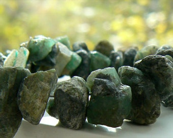 Rough green emeralds crystals 8-11mm beads. Strand 2in -Jewelry beads supply-Gemstone supply- Raw emerald crystals-Rustic beads.