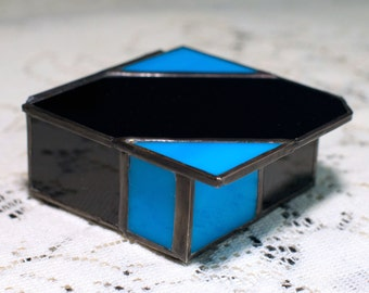 Smart and Sassy Stained Glass Lidded Box
