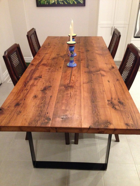 Oil vs water based polyurethane:Which is better for refinishing wood?