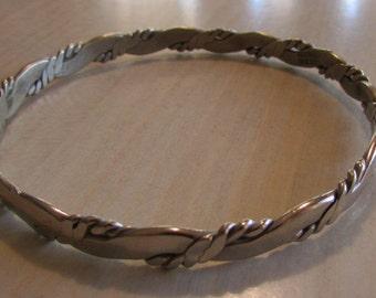 Silvertone Bangle Bracelet  Twisted wire design