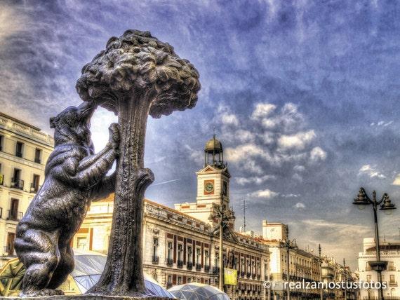 Madrid espagne puerta del sol madrid par realzamostusfotos for Placa km 0 puerta sol