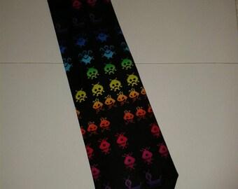 Space invader tie