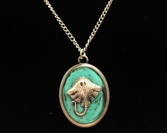 Stingray jewelry / stingray necklace / beach ocean jewelry / teal and silver pendant / manta ray fish necklace / teal jewelry