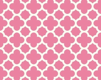 Riley Blake pink quatrefoil fabric valentine quatrefoil print sewing quilting apparel fabric from Riley Blake designs modern quatrefoil