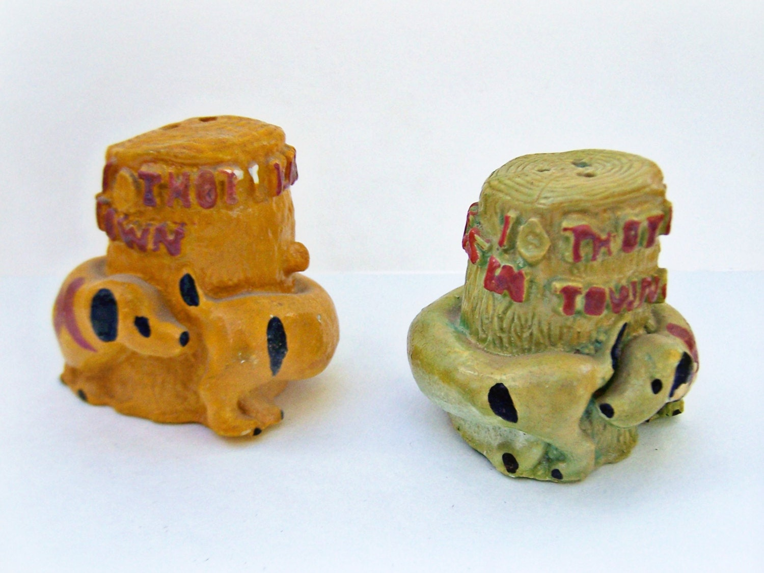 Vintage Novelty Salt And Pepper Chalkware By Shakethatthang
