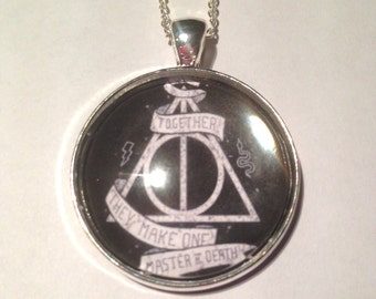 Deathly Hallows Master of Death Necklace