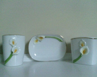Lovely Three Piece  porcelain Set, Toothbrush Holder, Soap dish and Tumbler, Bath Accents.