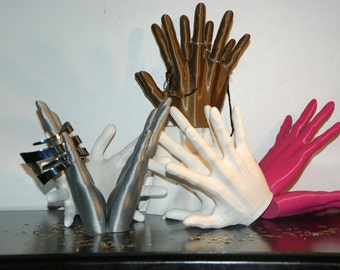 Double hand, wears jewelry in 3D printing, plastic BIO