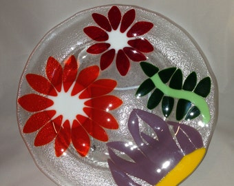Fused Art Glass.  Fused glass flower plate. 10 inch dinner plate floral design