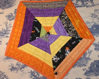 Quilted Halloween Wall hanging
