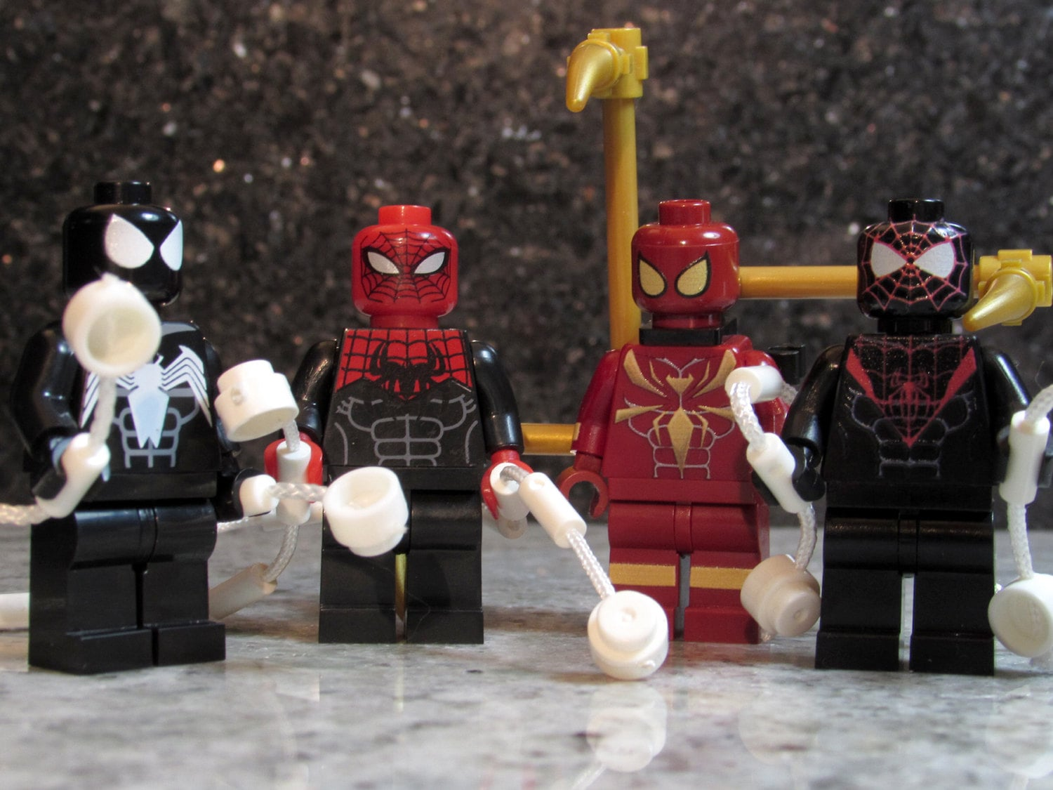Aninimal Book: NEW Custom SPIDER MAN Minifigures 4 Lego size Superior