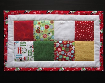 Christmas Patchwork Table Runner, Red, Green, Gold, Reversible, Holidays, Christmas, Table Topper, Table Centerpiece, Snowmen