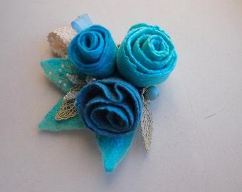 Felt flower brooch-Felt flower pin -felted wool flowers-boho brooch-Felt brooch-wool flowers-Felted gift women-turquoise