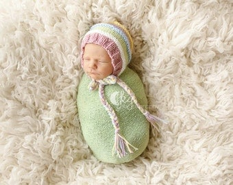 Color Stripe Bonnet with Ridges -  Knitting Pattern - Newborn
