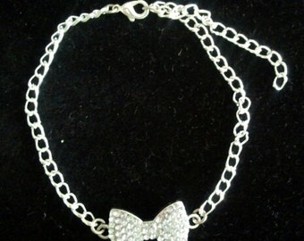 Crystal bow connector bracelet