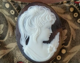 Brown and White Cameo Brooch Resin Cameo