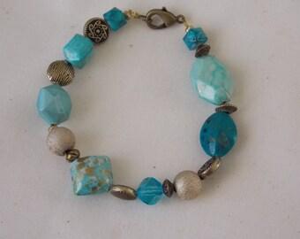 Bracelet Handcrafted Turquoise Bracelet   BR2