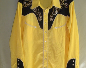 Bright Yellow and Black Studded Boho Western Shirt w/Pearl Snaps M