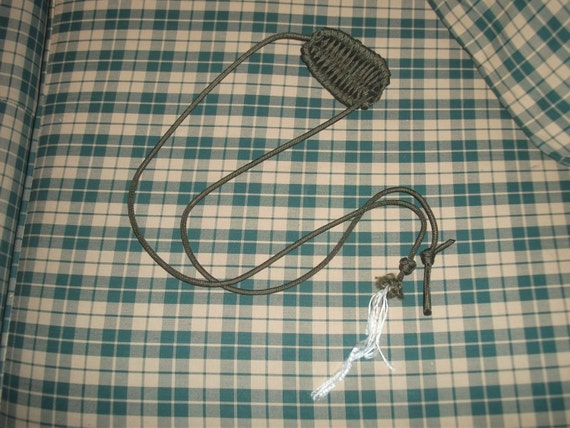 Paracord rock sling by practicalbeing on etsy for Paracord rock sling