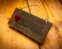Love Simply Rustic Wall Hanging Rustic Wooden Pallet Sign Love sign Simply southern Wooden wall hanging Trendy wall decor Hanging signs