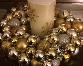 Mini ornament wreath/center piece
