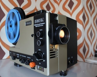 Eumig S 912 GL - High Quality Sound - Optical Level System Super 8 projector (mint)