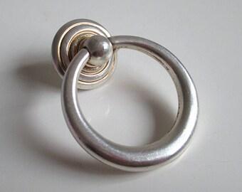 Dresser Drop Pull Knobs Drawer Knob Pulls Handles Ring Kitchen Cabinet Pulls Knobs Handle Metal Antique Silver Decorative Furniture Hardware