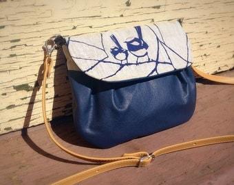 Blue leather / Fabric Wren Cross Shoulder Bag