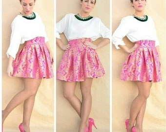 With tables and hand-made high waist mini skirt