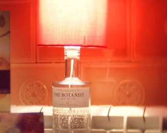 Upcycled Botanist Gin Bottle Table Lamp with white/sliver Lampshade
