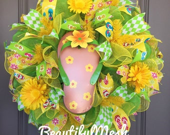 Flip Flop Yellow and Green Flower Deco Mesh Wreath