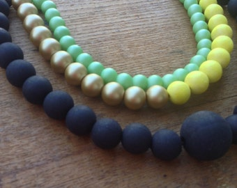 COLOR Block // Layered beaded necklace //Statement Necklace // BLACK -Gold - Mint - Yellow Necklace // Gift idea for her