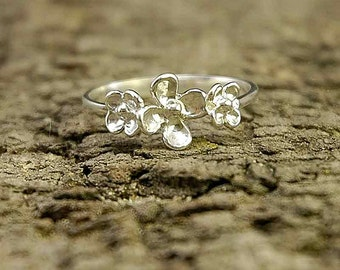 925 Sterling Silver Dainty Flower ring